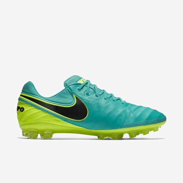 fed9457bb9a2 Nike Tiempo Mens Football Boots for sale in Jamaica