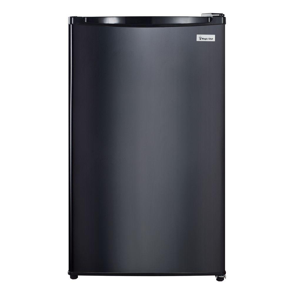 Magic Chef 4 4 Cu Ft Mini Refrigerator In Black For Sale