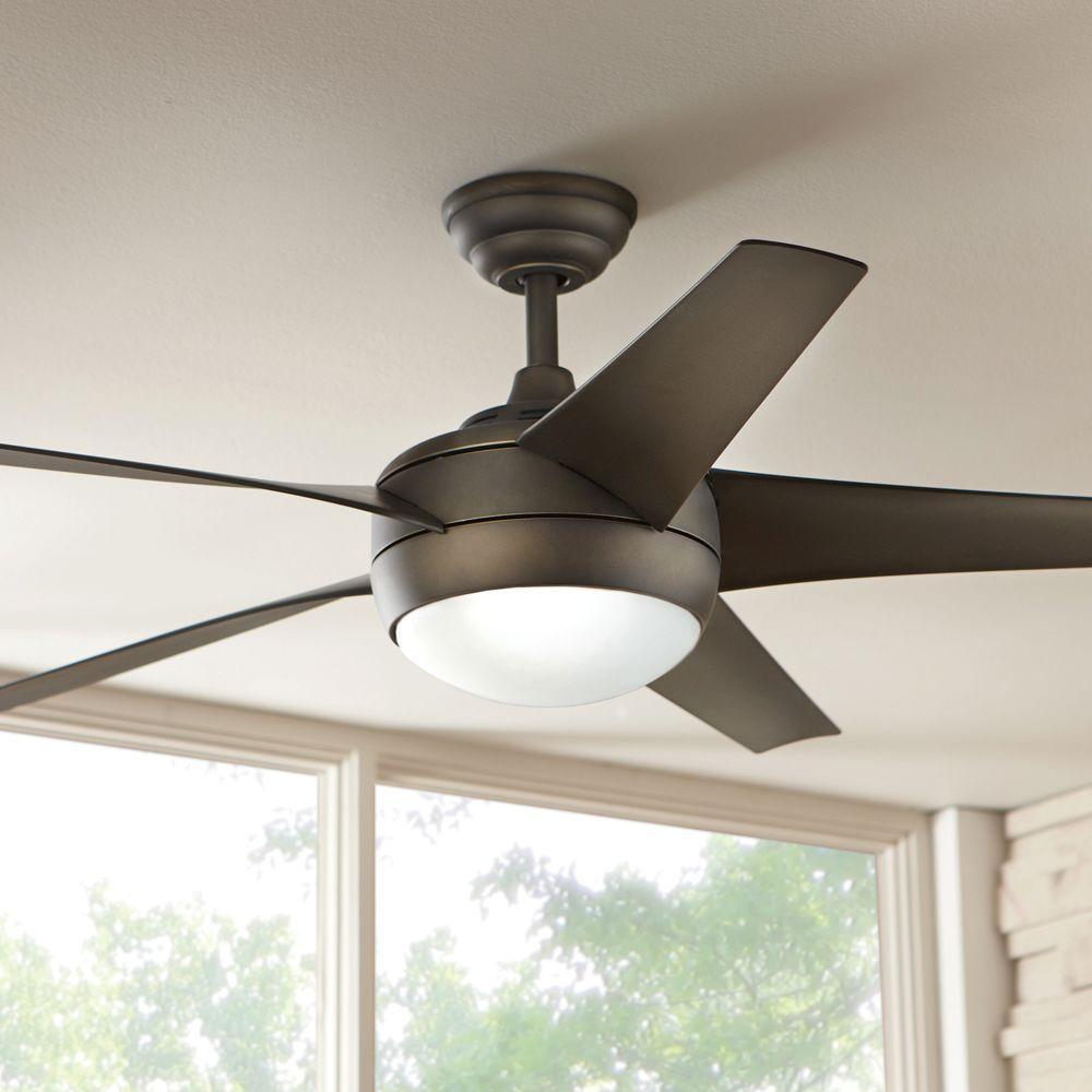 Hampton Bay Windward Light Bulb: Hampton Bay Windward Remote Control Ceiling Fan And Light